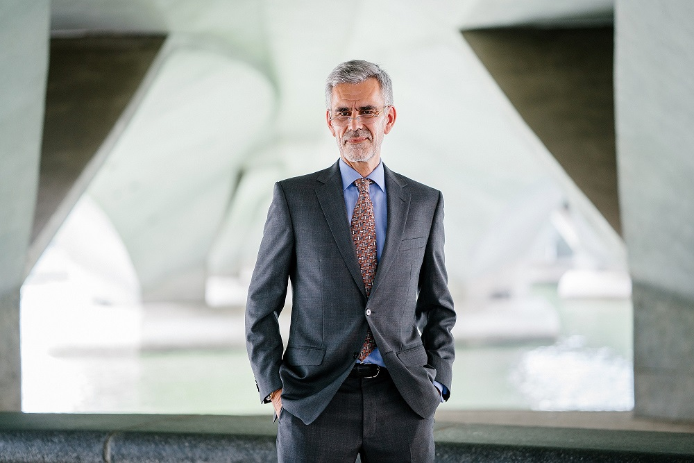 adult-beard-businessman-1138903.jpg